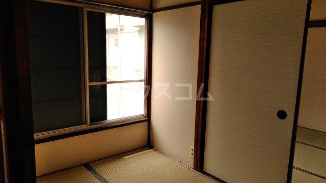 池田荘 5号室のベッドルーム