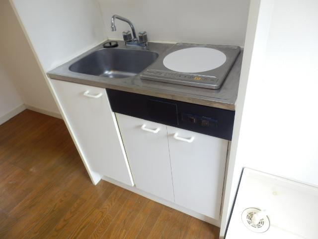 マーブルパレス国立Ⅰ 101号室のキッチン