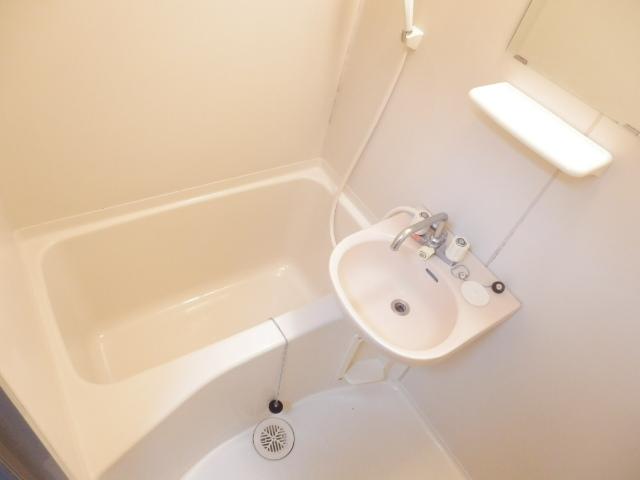 マーブルパレス国立Ⅰ 101号室の風呂
