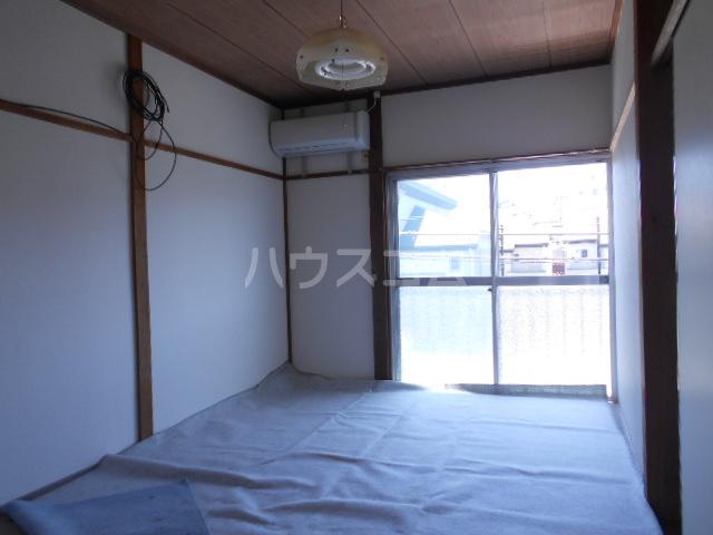 石黒荘 203号室のベッドルーム