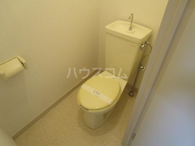 国分寺YSマンション 102号室のトイレ