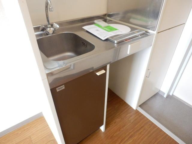 ハイツベルグ武蔵 202号室のキッチン