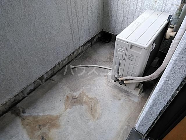 サンバレー 202号室のバルコニー