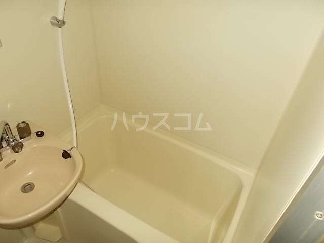 ガーデンヒルズ立川 203号室の風呂