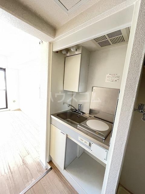 ジョイフル武蔵小杉 405号室のキッチン