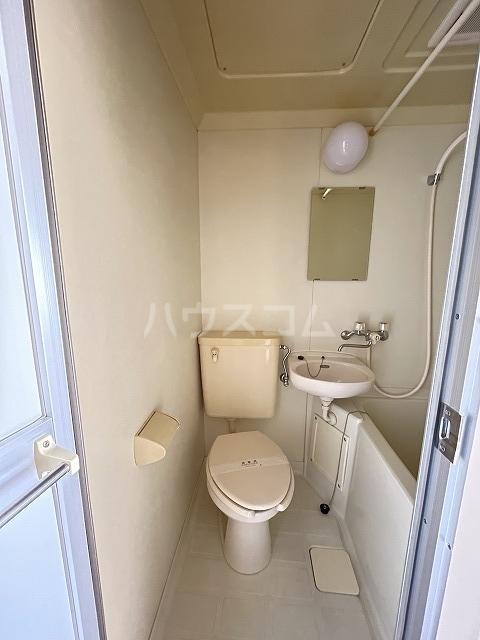 ジョイフル武蔵小杉 405号室のトイレ