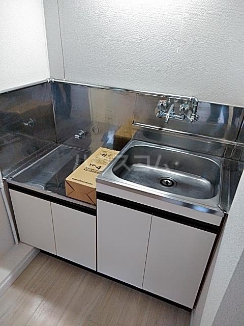 サンハイツ市野 103号室のキッチン