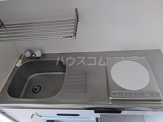 横浜エースマンション 315号室のキッチン