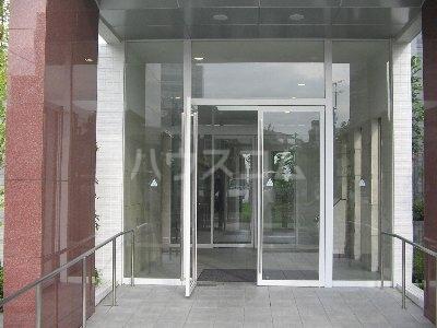 グレーシアシティ立川アクティブウイング 103号室のエントランス