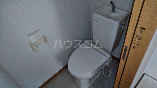 ベイグランド・サワノ B-103号室のトイレ