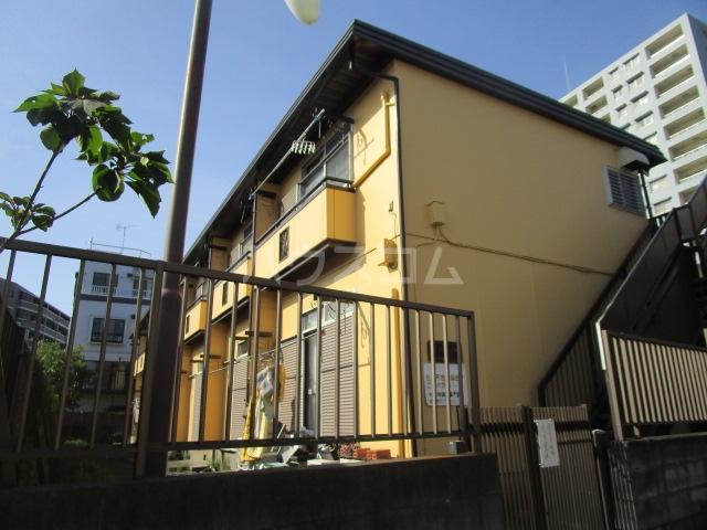 花沢ハイツ 201号室の外観