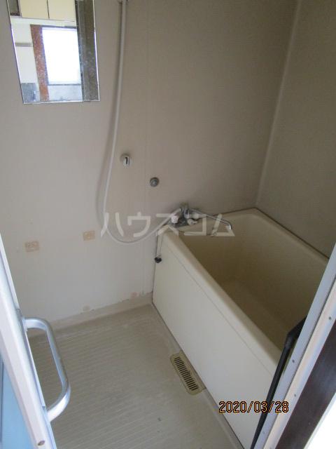 花沢ハイツ 201号室の風呂