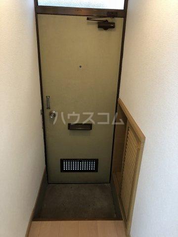 喜之(よしの)ハイツ 102号室の玄関