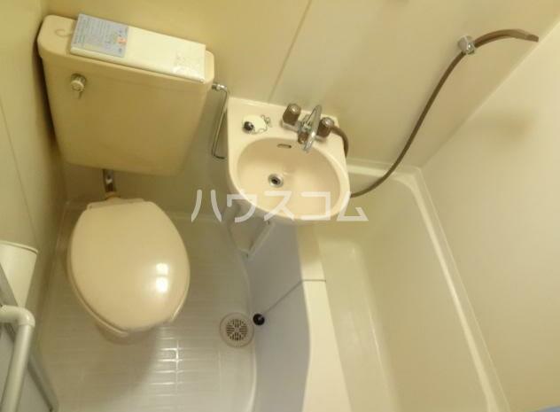 グランドボナール妙蓮寺 203号室のトイレ