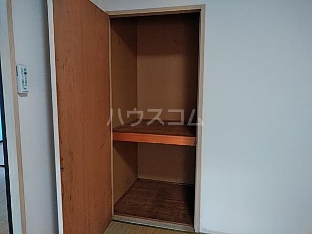 フキビレッジC 202号室の収納