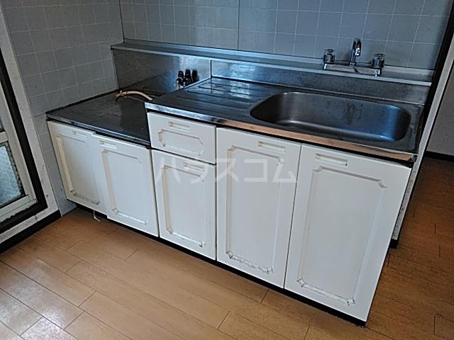 フキビレッジC 202号室のキッチン