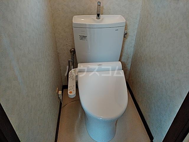 フキビレッジC 202号室のトイレ