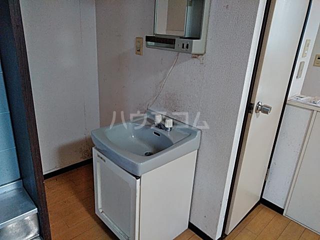 フキビレッジC 202号室の洗面所