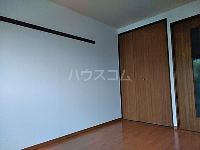 グラドゥアーレⅡ 307号室の居室