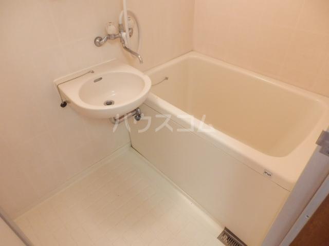清和レジデンス2号棟 20A号室の風呂