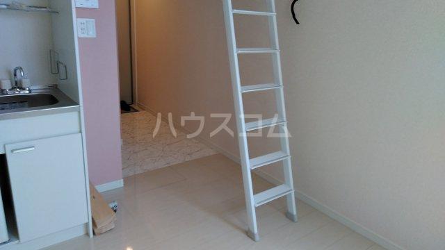 ユナイト浅田エリナーリグビー 206号室のリビング