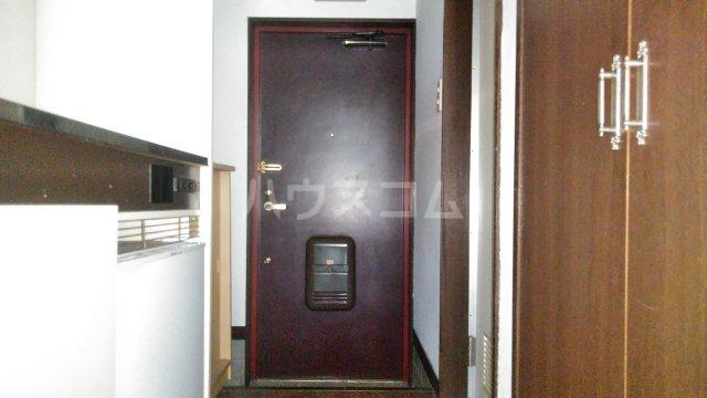 イーストウィンド 103号室の玄関