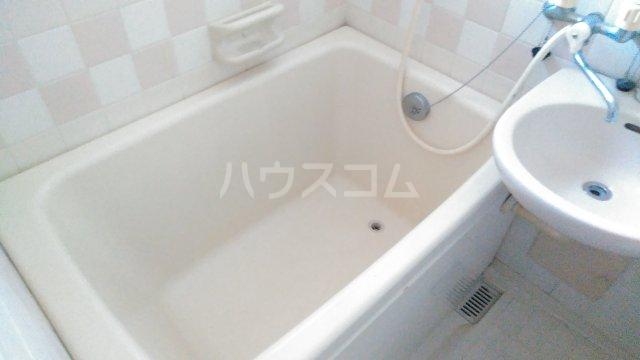 イーストウィンド 103号室の風呂