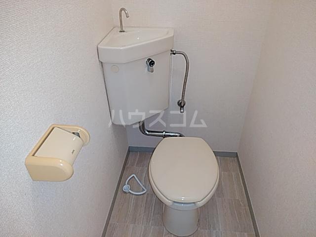 ドミトリⅡ 20A号室のトイレ
