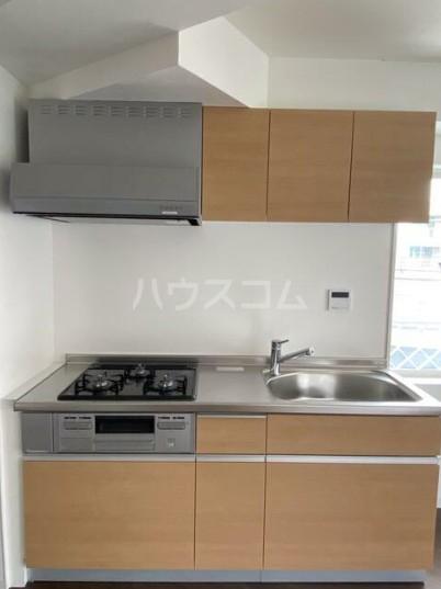 カーササンテ 302号室のキッチン