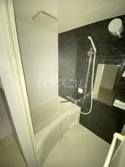 カーササンテ 302号室の風呂