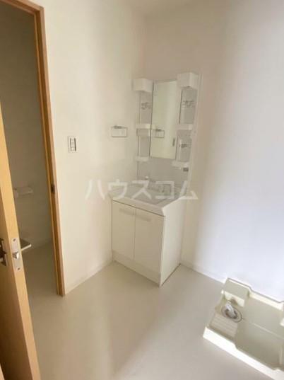 カーササンテ 302号室の洗面所
