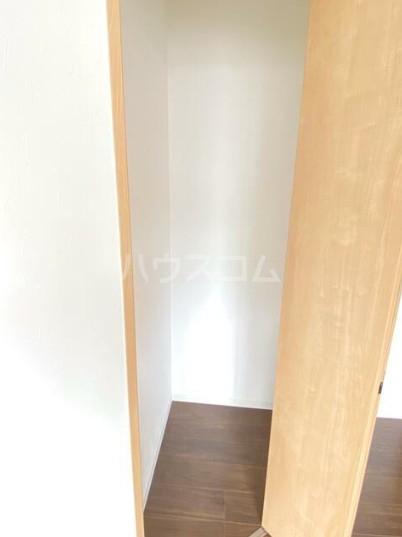 カーササンテ 302号室の収納