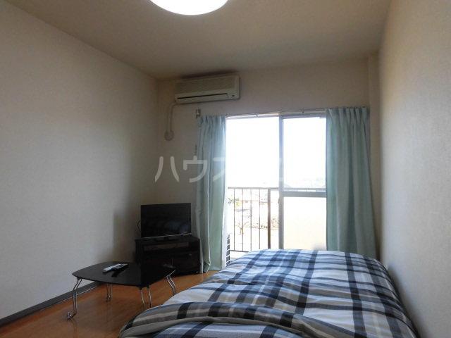 グリーンハイム志村2号棟 111号室の居室