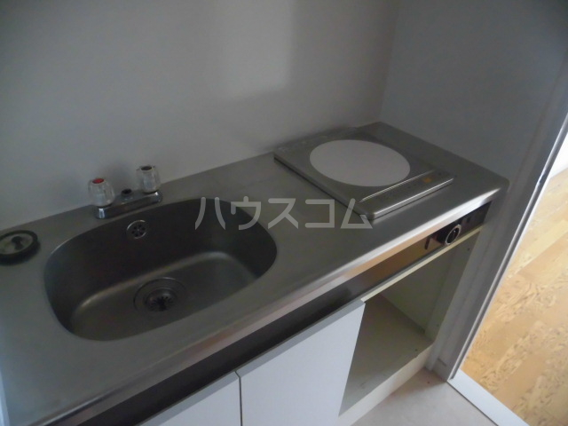 メゾンドアムール 407号室のキッチン