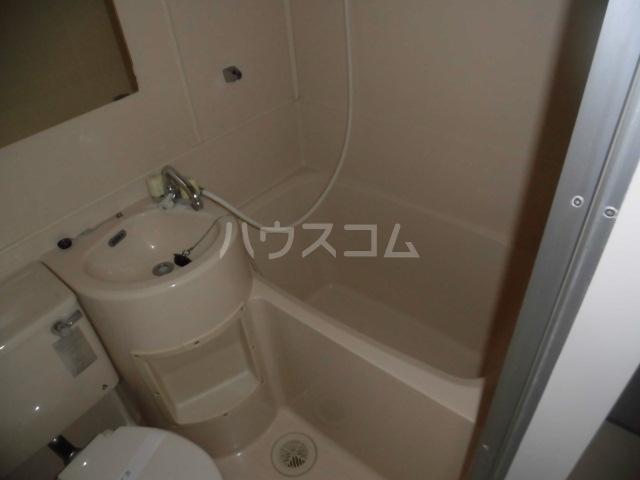 メゾンドアムール 407号室の風呂