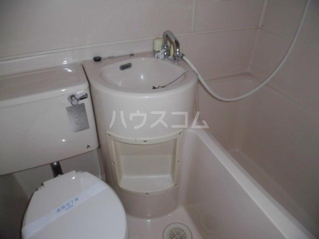 メゾンドアムール 407号室のトイレ