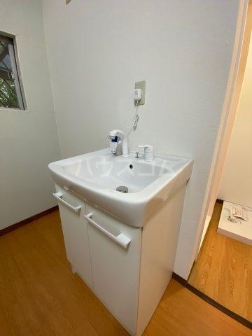 たかの台ロッジ 201号室の洗面所