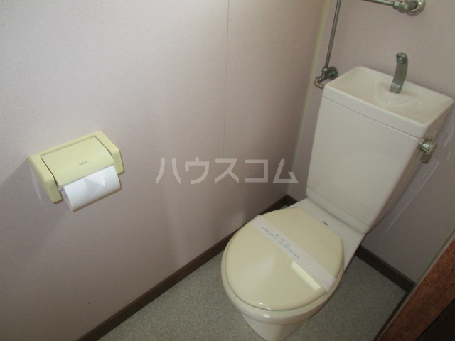 たかの台ロッジ 201号室のトイレ