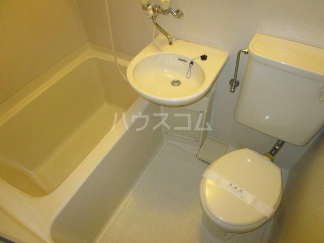 ケントコーポラス 202号室の風呂