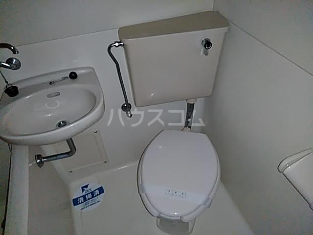 スカイコート日吉 第3 307号室のトイレ