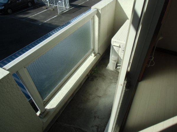 第3泉ハイツ 105号室のバルコニー