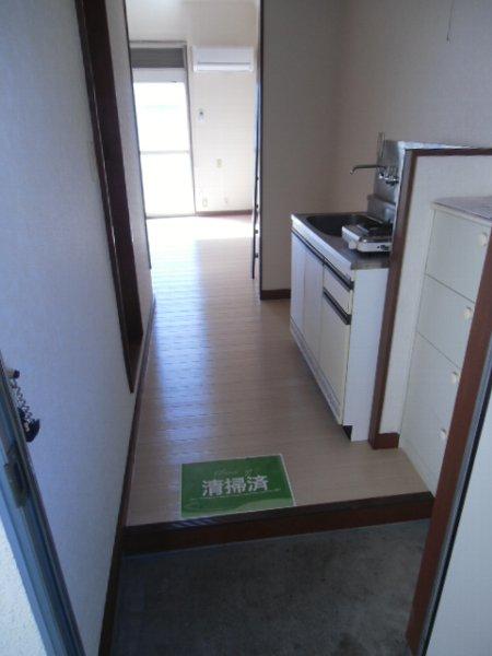 第3泉ハイツ 105号室の玄関