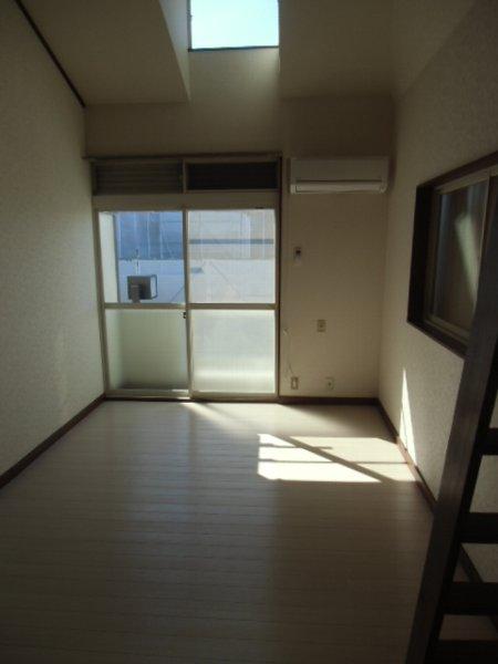 第3泉ハイツ 105号室の居室