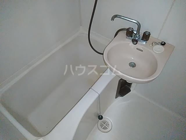 ビングスフジ 103号室の風呂