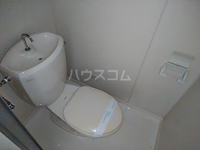 ビングスフジ 103号室のトイレ