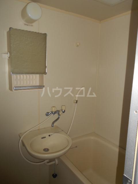 フルハウス 403号室の洗面所