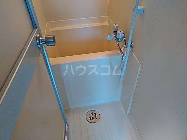 シャルム 402号室の風呂