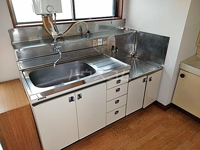 なとりビル3 2-B号室のキッチン