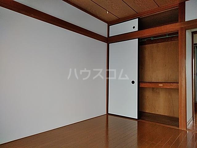 なとりビル3 2-B号室の収納