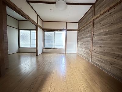 小林荘Ⅰ 01010号室のリビング